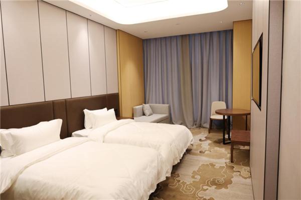 贵州职工之家(安顺圣丰酒店)闪耀启幕,服务职工再添新阵地 房产 第12张